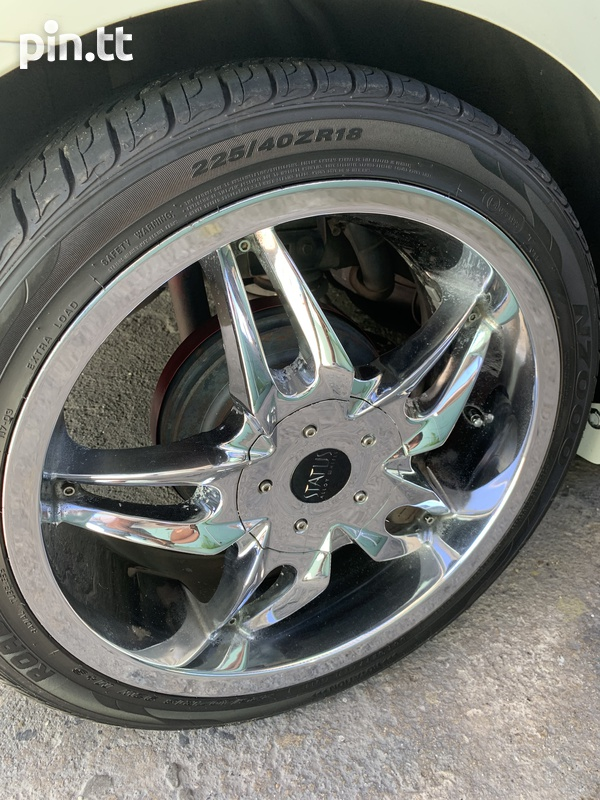 18 inch STATUS with tires-2