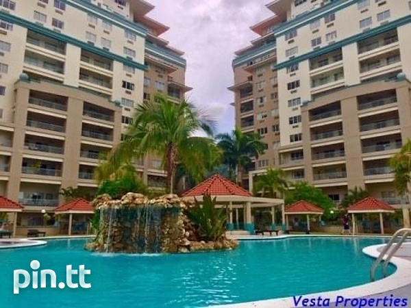 Lovely 3 Bedroom Bayside Towers-1