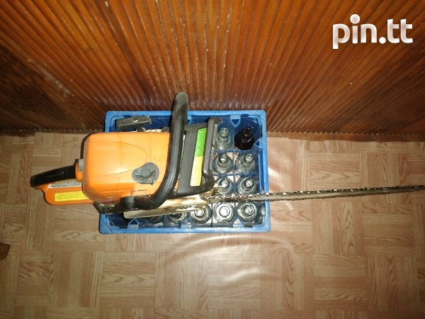 Power saw and chop saw-4