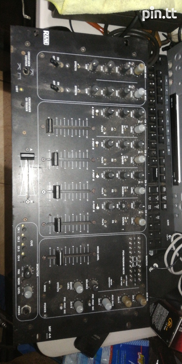 Rane mp44 mixer-2