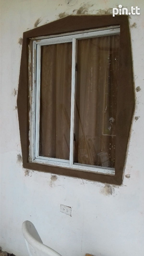 Window mouldings and painting-4