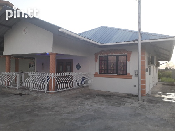 FREEPORT newly-built 2-bedroom house-1