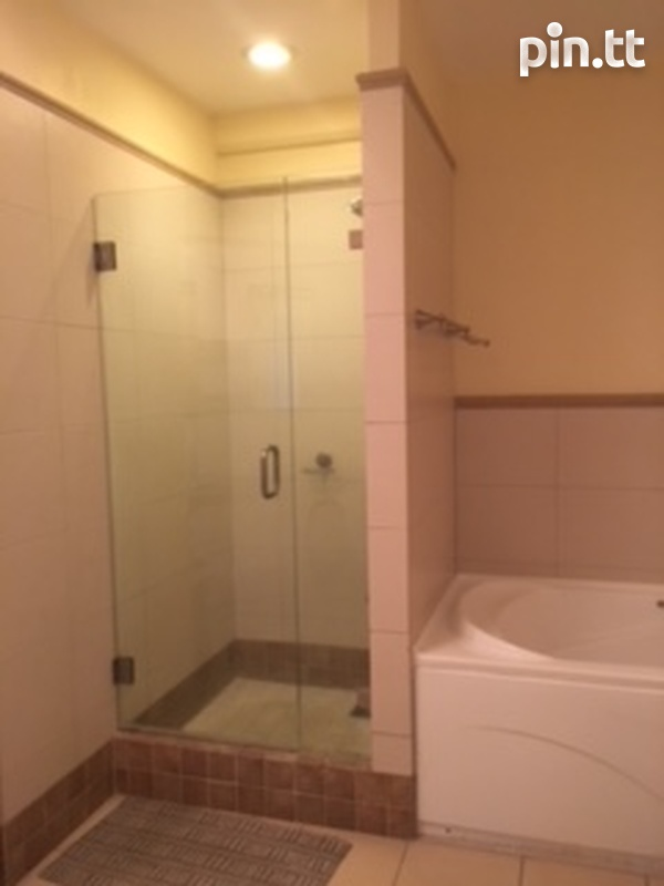 3 Bedroom Fully Furnished and Equipped Apt One Woodbrook Place.-4