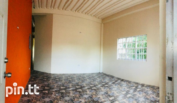 Mausica Large 2 bedroom 1 bath ground floor apartment in gated community-2
