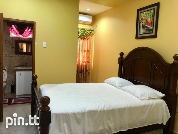 Holiday / Business Executive Rental with 8 bedrooms-5