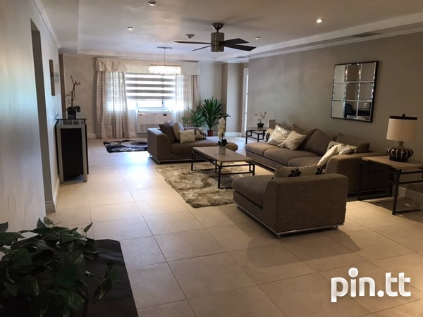 Bayside Apartment with 5 Bedrooms-4