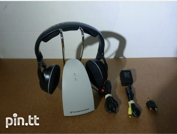 Senheiser RS120 wireless rechargeable headphone, offers invited-1