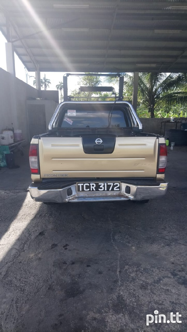 Nissan Frontier, 2010, Tcr-8