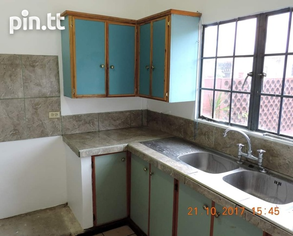 3 BEDROOM DUPLEX TOWNHOUSE ALONG WITH A 2 BEDROOM HOUSE ARIMA-2