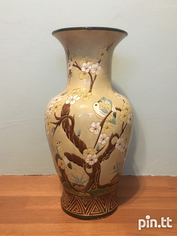 Oriental antique engraved painted Chinese vase-2