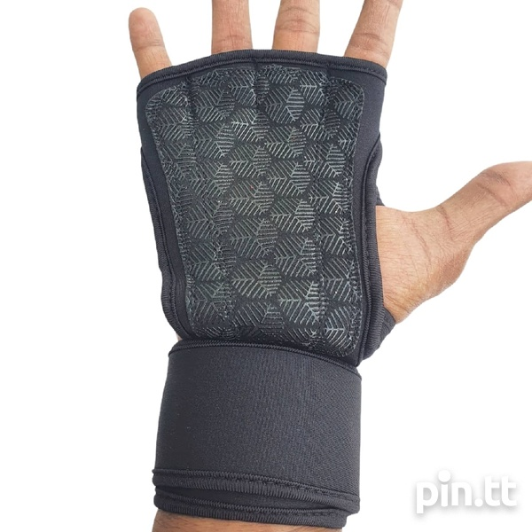 Grip Pads with Wrist wrap protection.-3