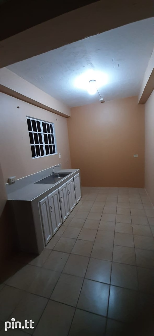 Unfurnished 2 bedroom apartment in Roystonia behind Couva Convent.-5