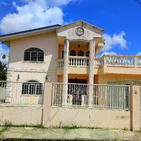 Royal Park, Cunupia Home with 5 Bedrooms