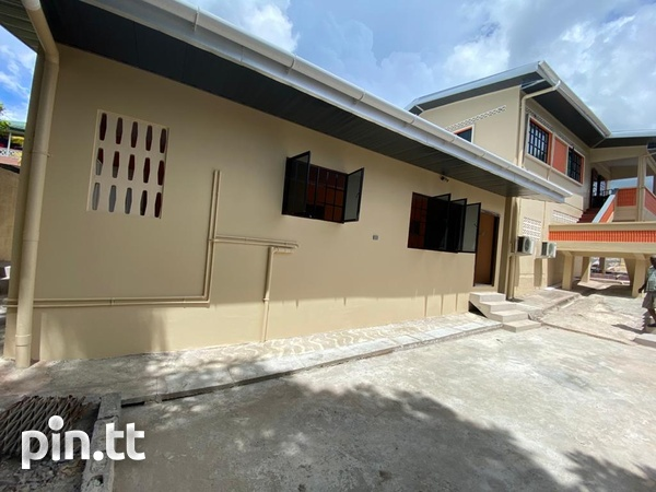 Unfurnished 2 Bedroom Apartments-4