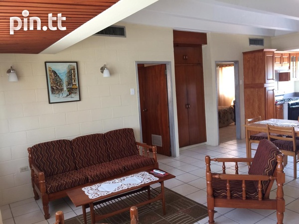 Spacious Two Bedroom Apartment-6