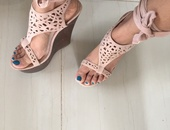 Pre owned strappy wedges sz 7