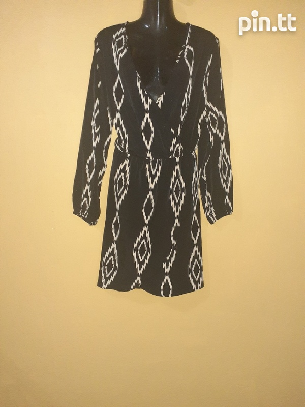 Used women's dresses and tops-1
