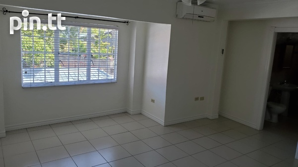4 BEDROOM TOWNHOUSE DIEGO MARTIN-8