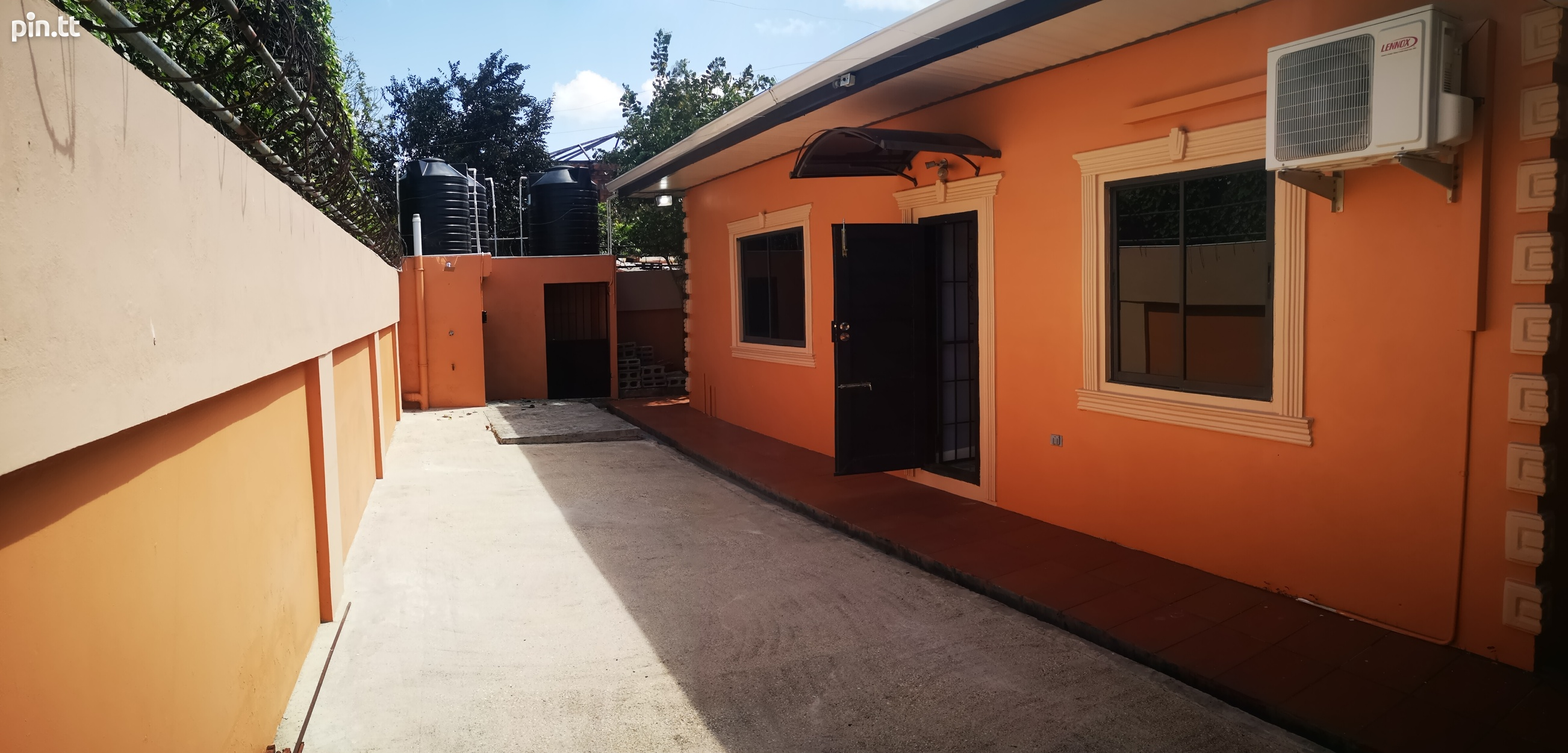 Lovely 3 bedroom home in peaceful residential Cunupia-14