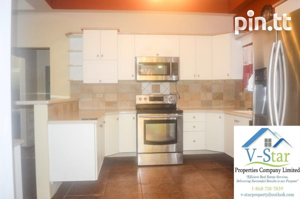Palm View Gardens, Carapicaima 3 Bedroom House-3