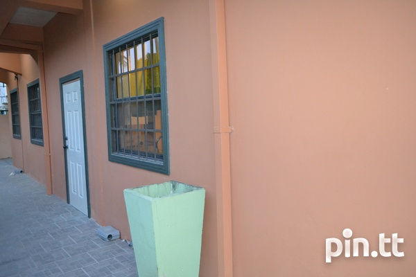 Executive Fully Furnished and Equipped 2 Bedroom Apartment-15
