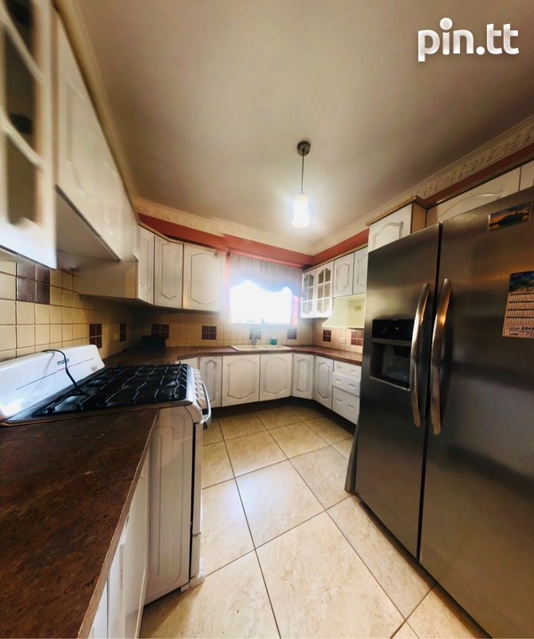 Arima Townhouse with 3 Bedrooms-5