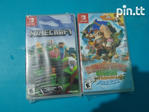 Mint Condition Donkey Kong Tropical Freeze and Minecraft for Nintendo Switch