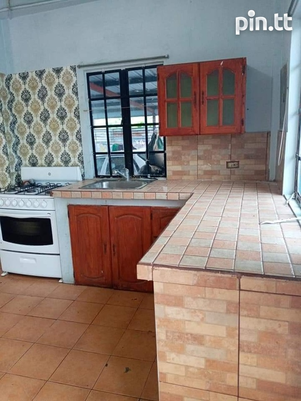 Affordable 2 Bedroom Apartment Carapo-3