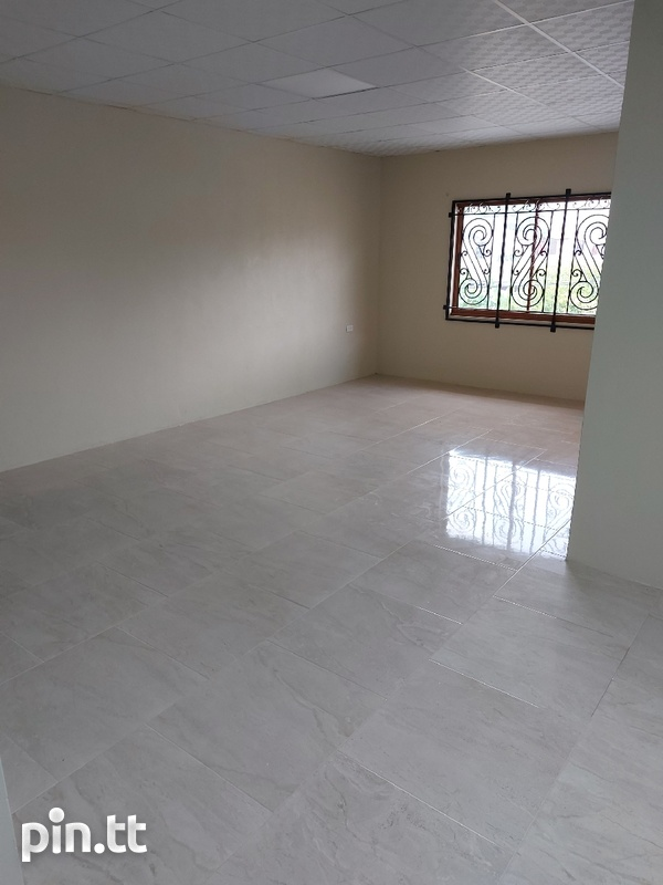 New unfurnished 2 bedroom apartment in Barataria-6
