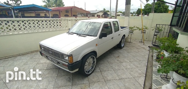 Nissan Other, 1985, TBA-1