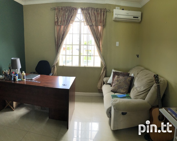 Palm View Gardens Freeport - 4 Bedroom, 3.5 Bath House Unfurnished-14