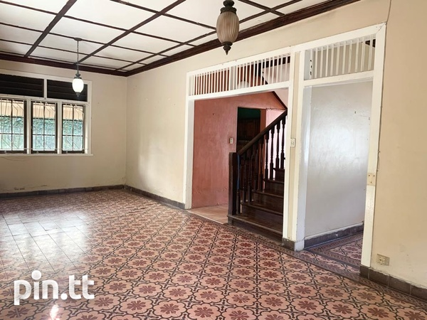 4 BEDROOM CHAMPS ELYSEE, EARLY MARAVAL HOUSE-2