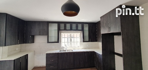 2 Bedroom Apartment, Belmont, Norfolk St, Modern and Spacious.-8