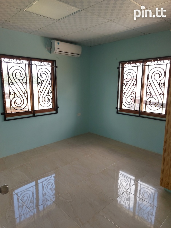 New unfurnished 2 bedroom apartment in Barataria-1