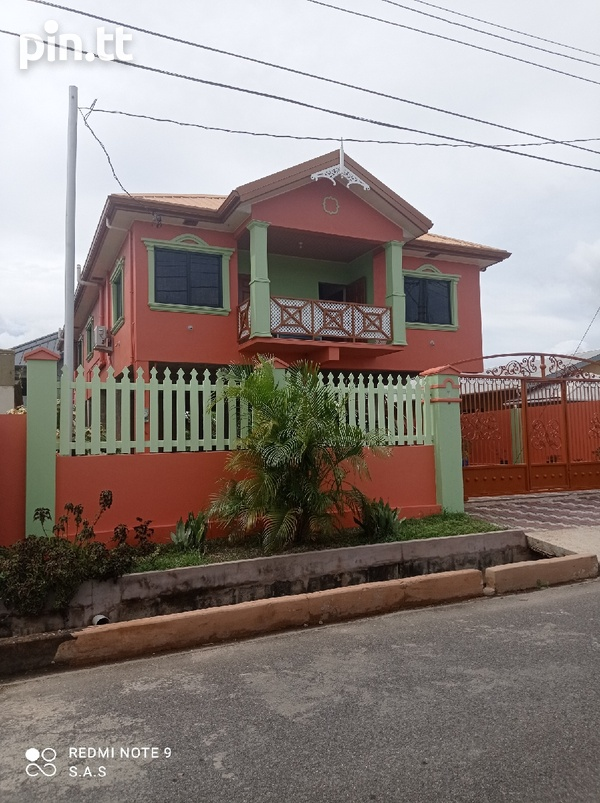 5 Bedroom House and Land-3
