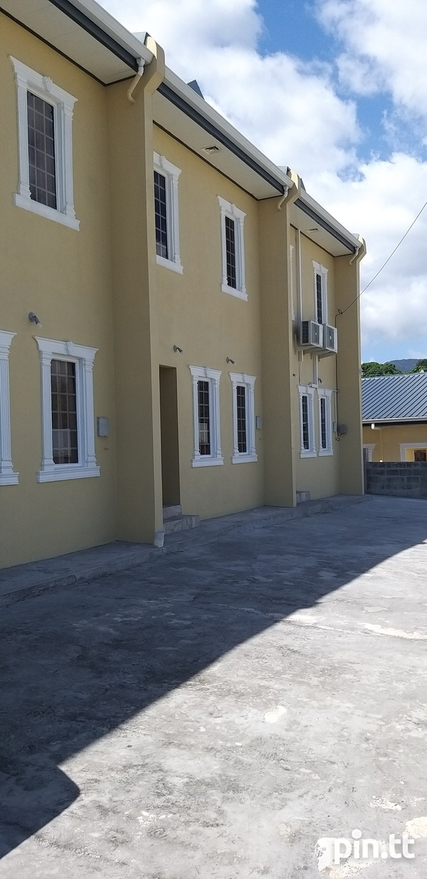 Townhouse with 3 bedrooms-8