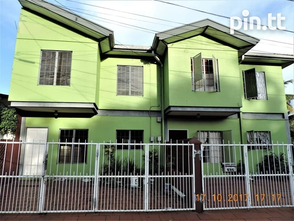3 BEDROOM DUPLEX TOWNHOUSE ALONG WITH A 2 BEDROOM HOUSE ARIMA-1