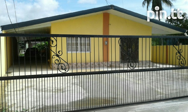 Chaguanas house..Great location.-2