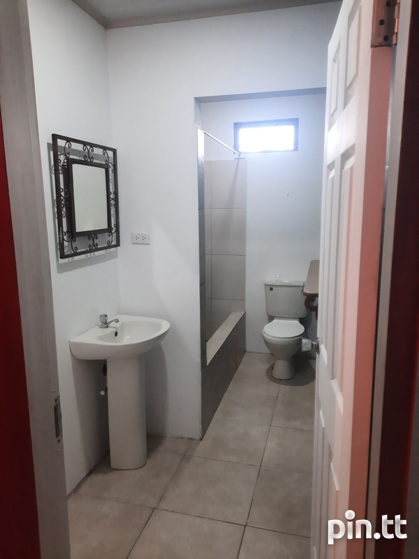 Charlieville 2 Bedroom Apartment-6