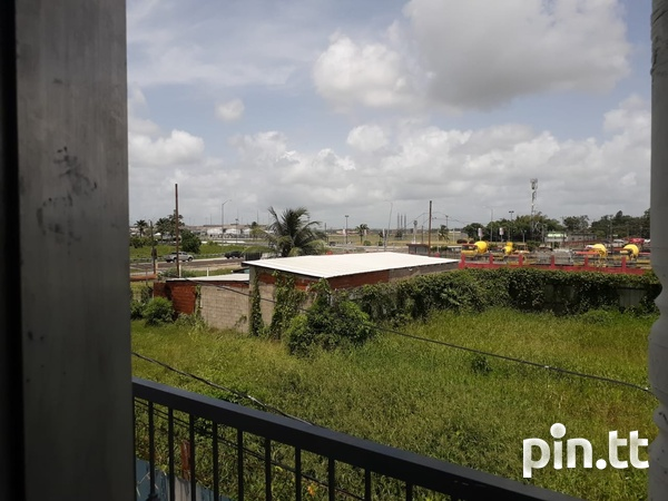 1 AND 2 BEDROOM PIARCO APARTMENT-8