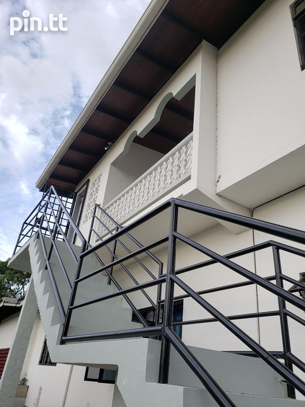 ARIMA SPACIOUS APARTMENT WITH 2 BEDROOMS-2