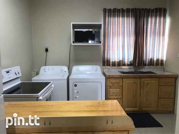 Calfornia 2 Bedroom Fully Furnished Apt-1