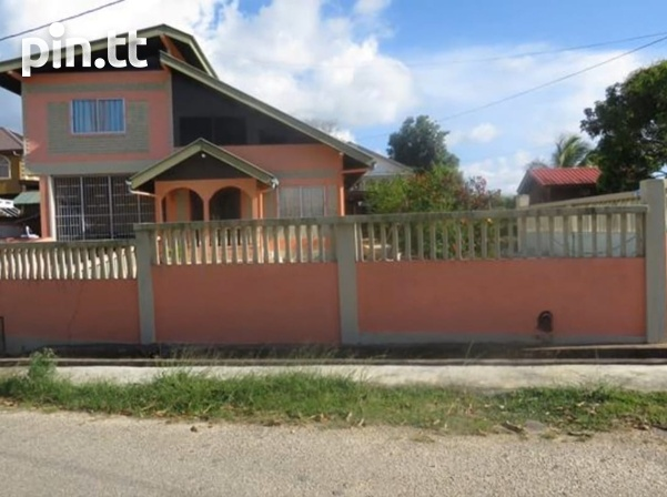 Whiteland House with 5 Bedrooms-2