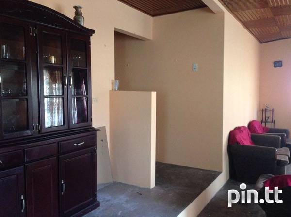 Caroni house with 3 bedrooms-5