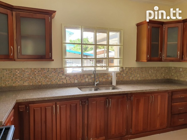 Apartment with 2 Bedrooms Union Hall, San Fernando-3