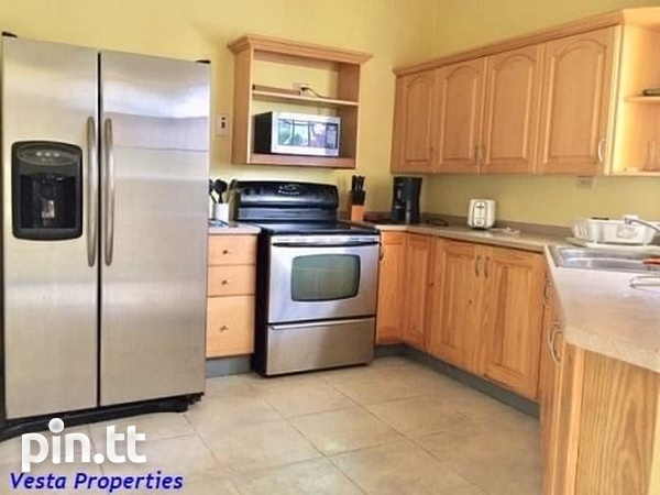 Fully Furnished And Equipped 3 Bedroom Townhouse-3