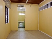 Unfurnished Apartment with 2 Bedrooms