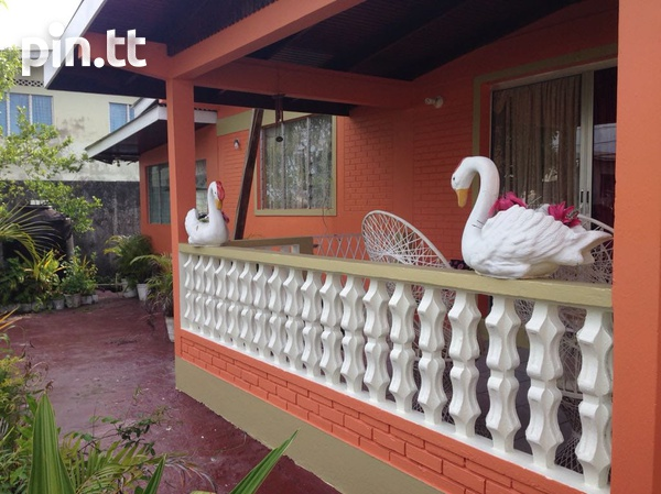 Caroni house with 3 bedrooms-4