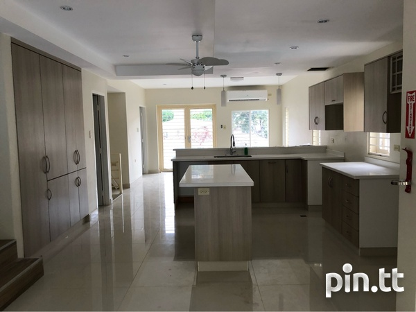 Four Level Townhouse - Port Of Spain-3