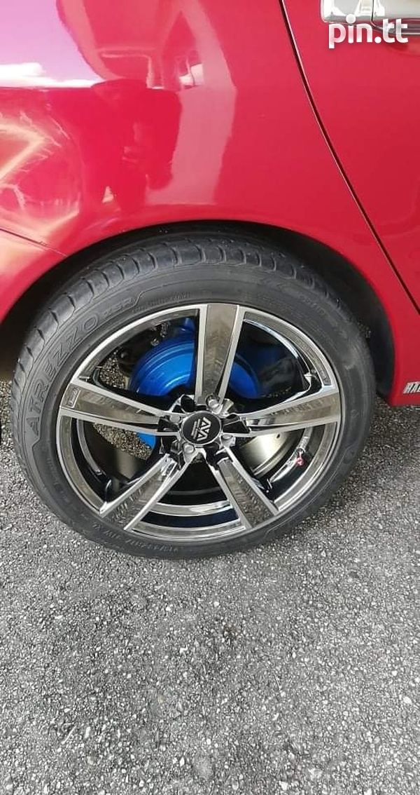 17 inch Tyre and Rim